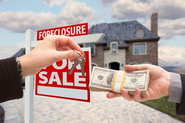 Selling a Foreclosure Home for Cash