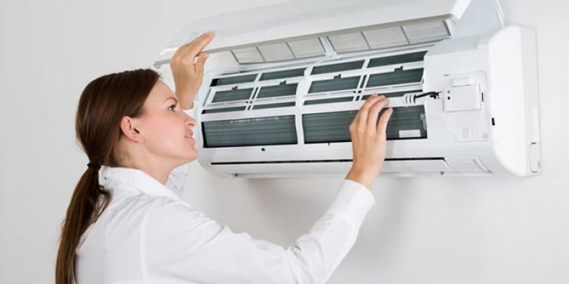 Hiring Professionals for Air Conditioning Repair